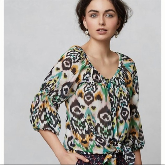 Anthropologie Tops - Anthropologie Vanessa Virginia Sveta Ikat Silk Top